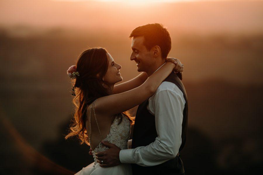 Tauranga country wedding golden hour photos