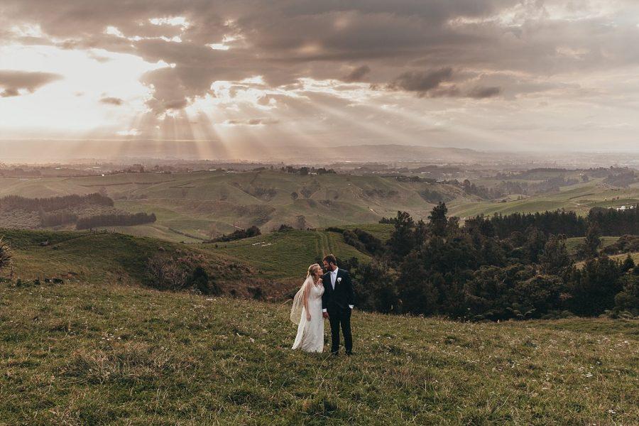 Golden hour views at Eagle ridge wedding
