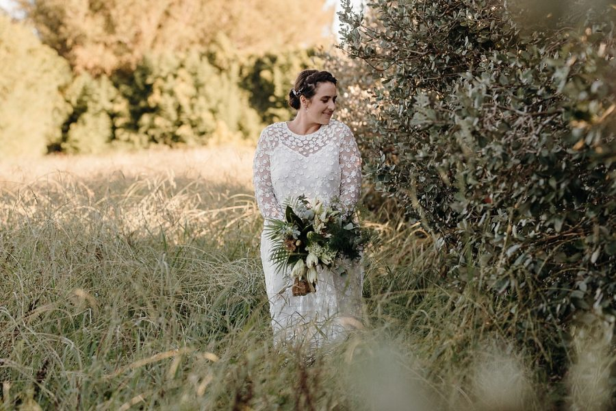 Country vintage boho style bride