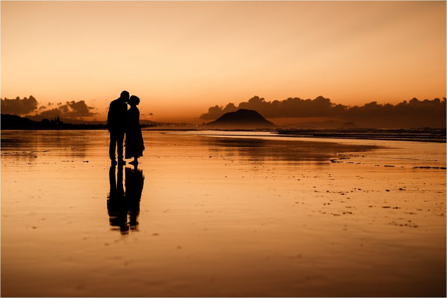 Sunset wedding photo Mount Maunganui taken by Rochelle Withell