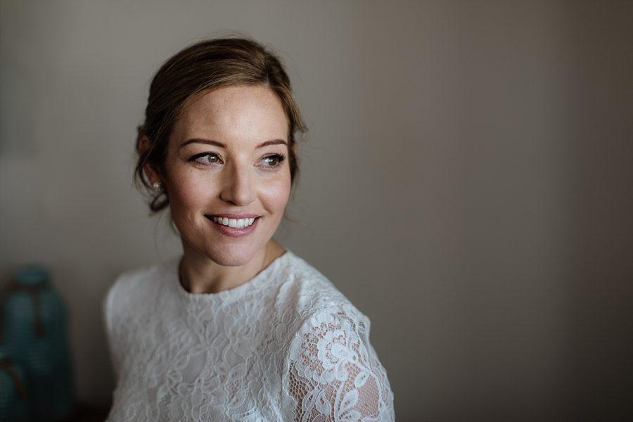 Lace happy bridal dress