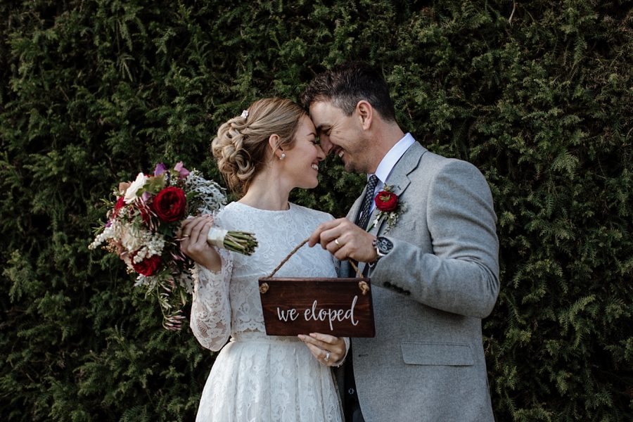 We eloped signs