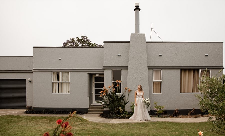 Art deco house with bride in Napier