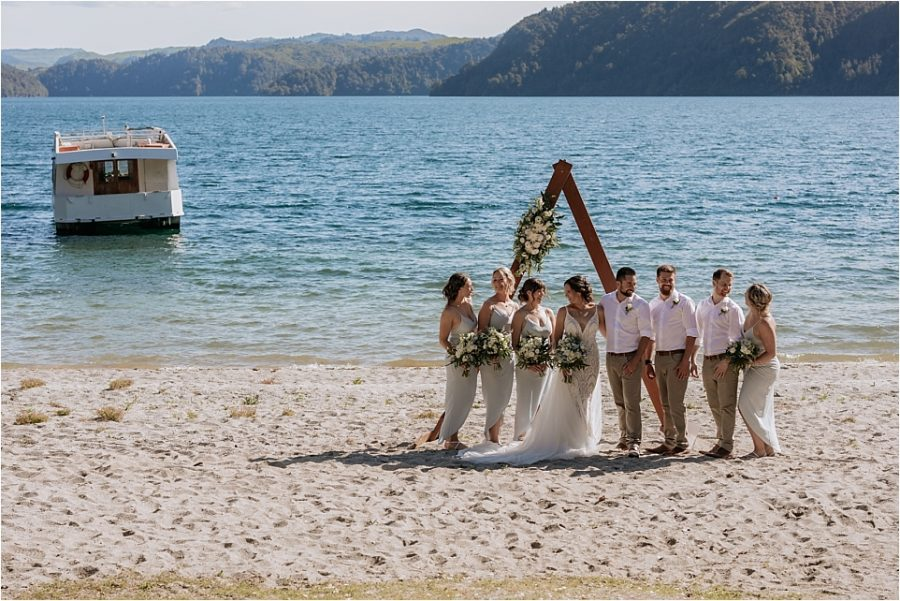 Wedding party with the 70's boat