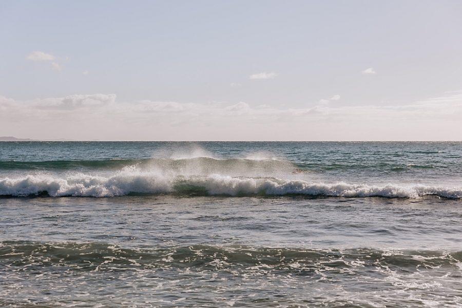 Waves crashing on Hot Water Beach New Zealand
