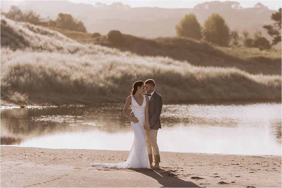 Orua beach house wedding at Hot water beach with Pure Images wedding photographer Rochelle Withell