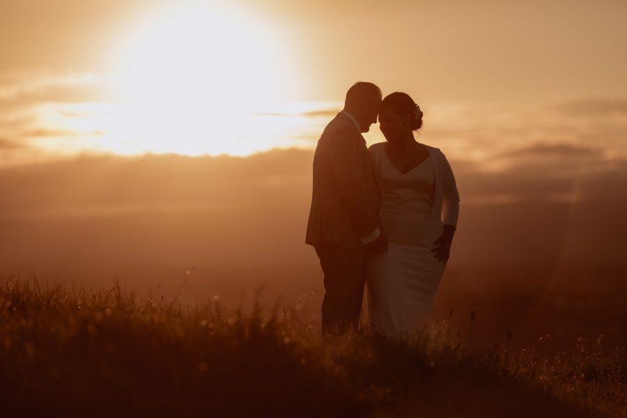 Golden hour photography of tauranga wedding at Eagle Ridge
