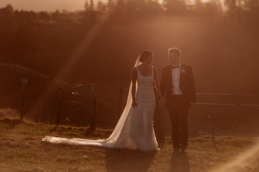 Golden sunlight wedding photos with Pure Images Photography
