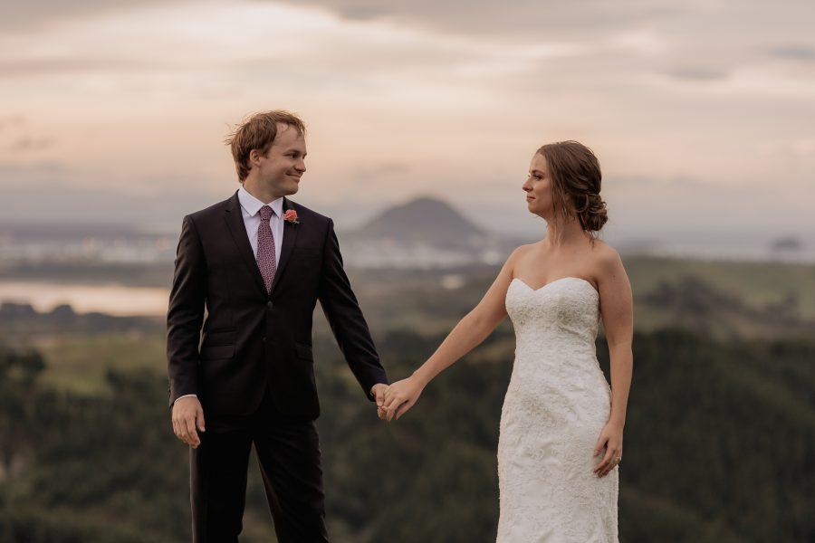 Mount Manganui elopement wedding photos