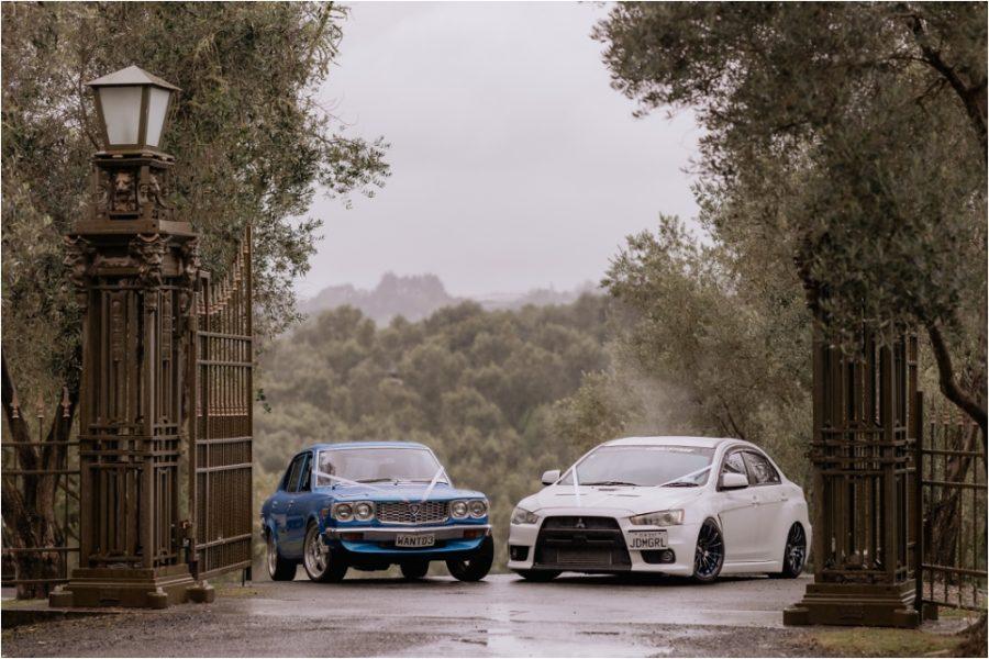 Wedding cars at Bracu estate gates